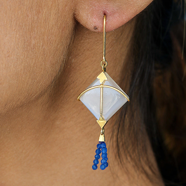 PATANG Small Moonstone With Blue Chalcedony Tassel