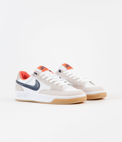 NIKE SB ADVERSARY PRM SHOES - WHITE / MIDNIGHT NAVY
