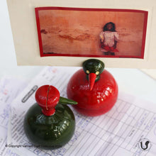 Load image into Gallery viewer, GUBBI paperweight-n-photostands