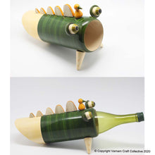 Load image into Gallery viewer, SNAPPY THE CROC wine bottle holder