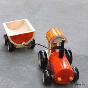 TRACTOR push toy