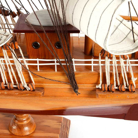 HMS BOUNTY 1787 Sailing Ship Model, 1/45 Scale - WOODLIVE