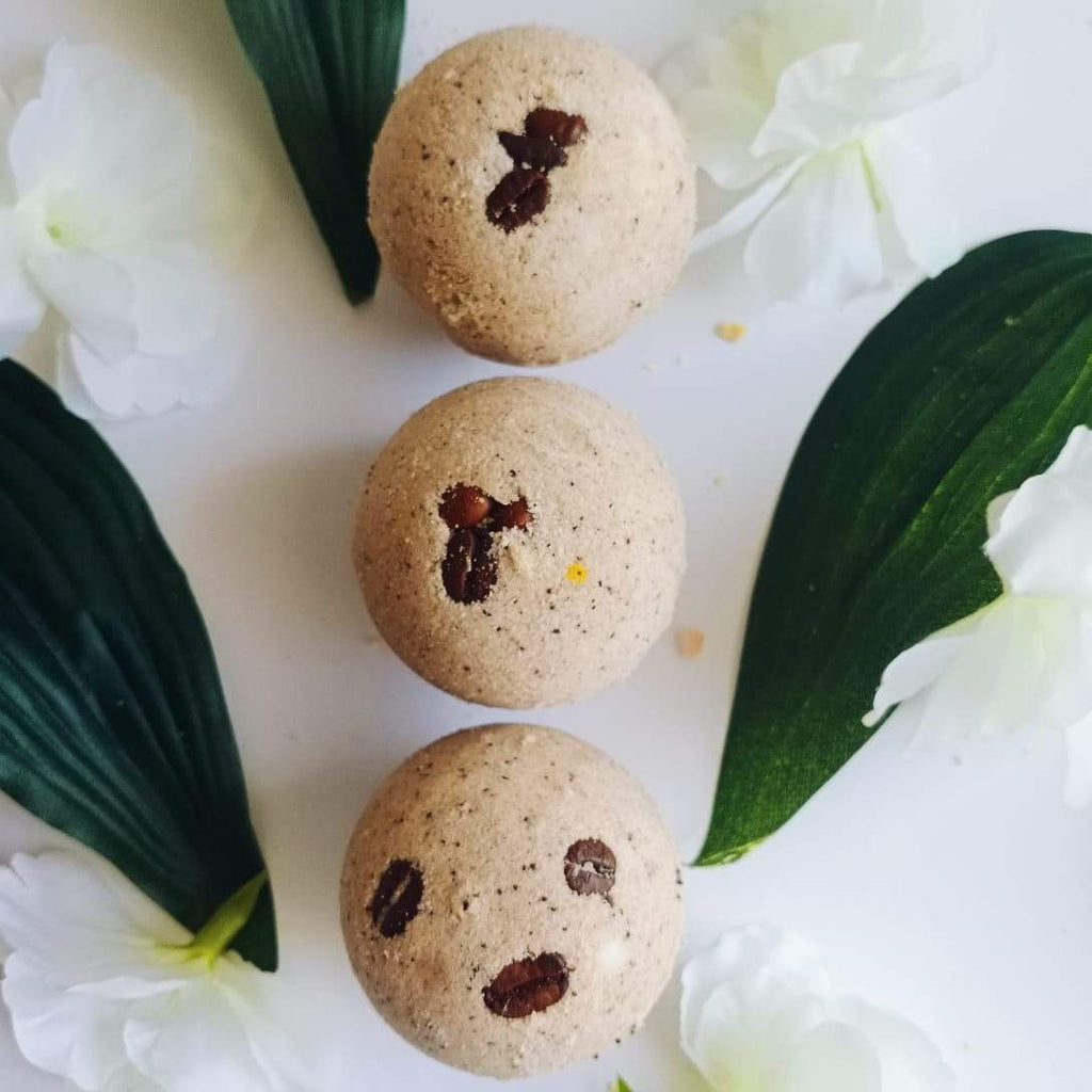 Refreshing Coffee-Bath Bomb-Fizzy Aromatic Bath Bomb with coffee beans (75g Each) - Pack of 3 - aaranyam.com