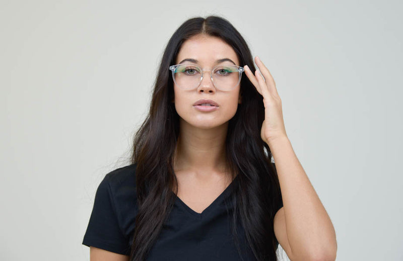 female-round-glasses