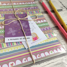 Load image into Gallery viewer, Pretty notebook in cute packaging with 2 pencils