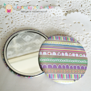 Pretty illustrated pocket mirror