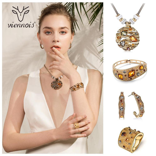 Women's Crystal Jewelry Set with Finger Ring Bracelet Round Pendant Necklace and Drop Earrings