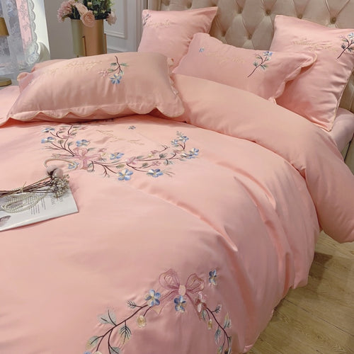 Four Piece Satin Bedding Set with Embroidery