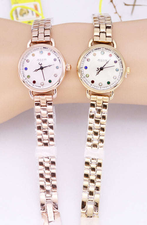 Women's 3 ATM Waterproof Alloy Quartz Watch with Crystal Decoration