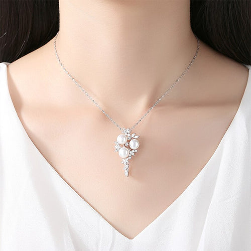 Women's 925 Sterling Silver and Natural Freshwater Pearl Pendant Necklace