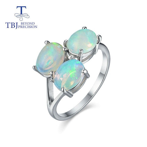 Women's 925 Sterling Silver and Oval Opal Ring