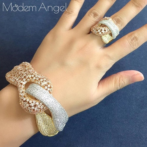 Women's Crystal Jewelry Set with Ring and Matching Bracelet