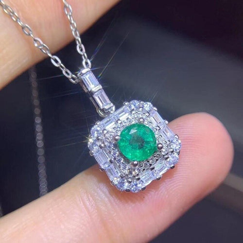 Women's 925 Sterling Silver Natural Green Emerald Chain Pendant Necklace