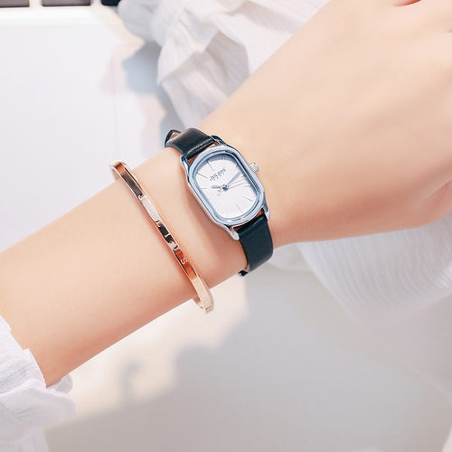 Women's 3 ATM Waterproof Alloy Oval Quartz Watch with Leather Strap