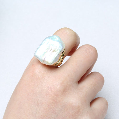 Women's 925 Sterling Silver and Natural Freshwater Baroque Pearl Ring