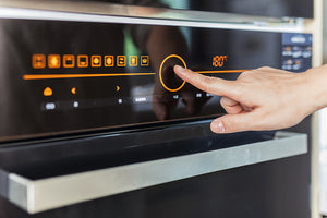 3 QUICK and EASY tips for maintaining your oven