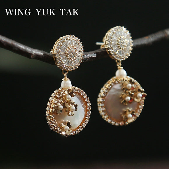 wing yuk tak Luxury Jewelry Fashion Flower Handmade Freshwater Pearl Drop Earrings for Women Party Wedding Earrings