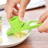 1pcs Stainless Steel Garlic Presses Manual Garlic Mincer Chopping Garlic Tools Curve Fruit Vegetable Tools Kitchen Gadgets hot