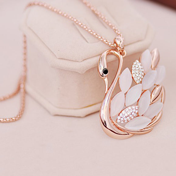 LNRRABC Fashion Women Charming alloy Rhinestones Opal Swan Pendants
