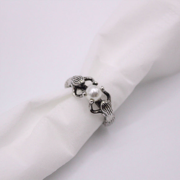 2020 New Arrival Antique Silver Color Ring with Pearl Exquisite Mermaids Vintage