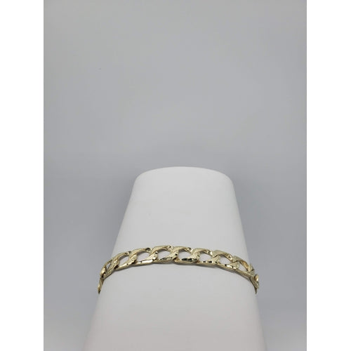 10kt Yellow Gold Oval Shaped Link Brush Finish and Diamond Cut Bracelet (32179)