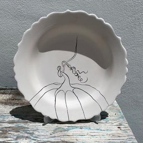 Scalloped plate with Pumpkin 1