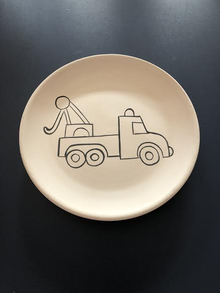 Plate with a Tow Truck