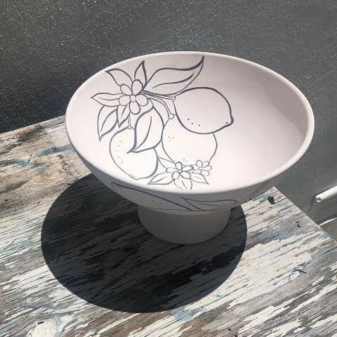 Bowl with Pedestal Designed with Lemons