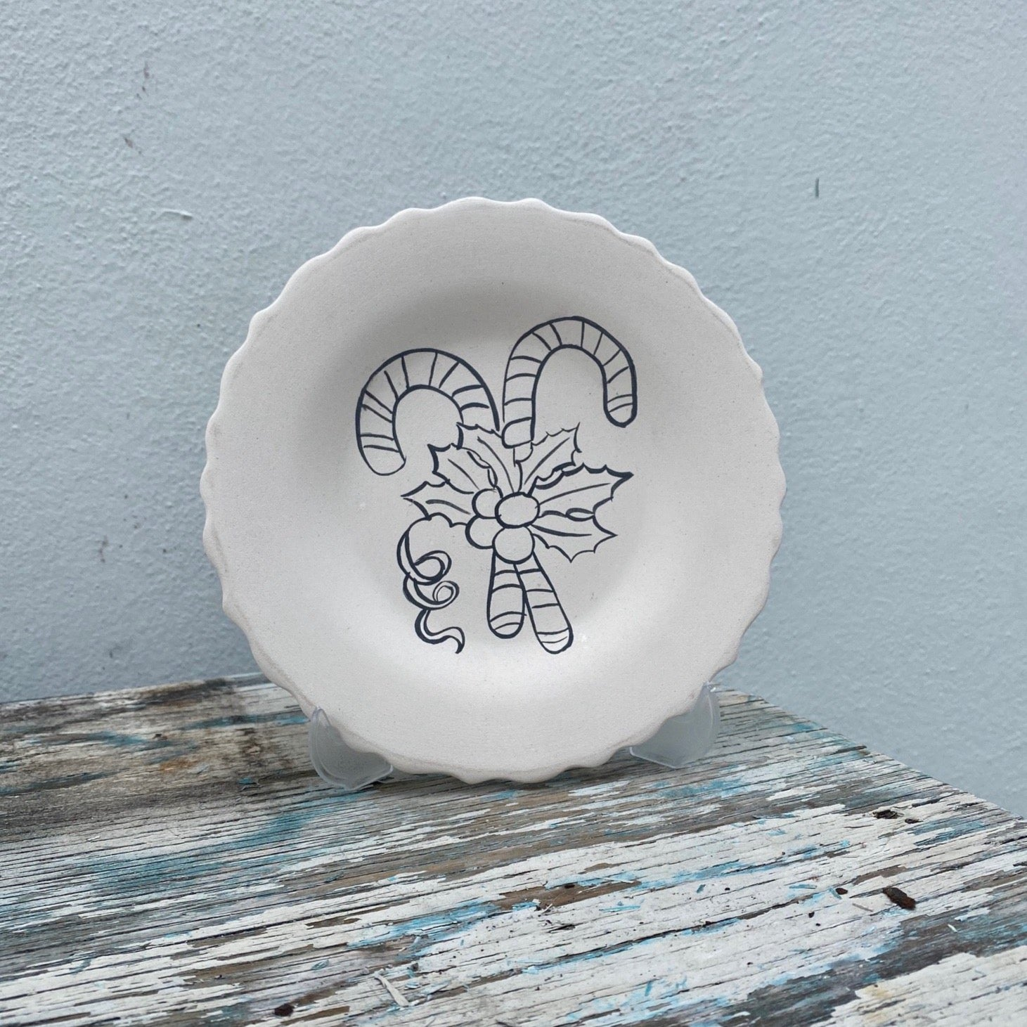 Scalloped aged Plate with Candy Canes