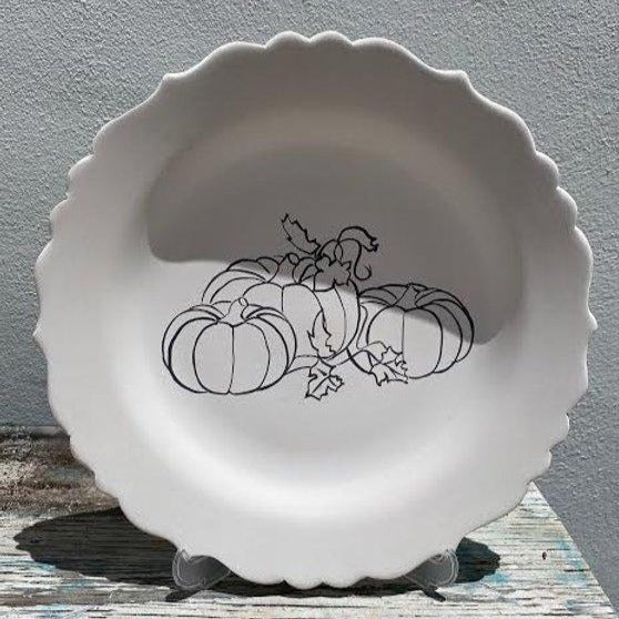 Scalloped plate with Pumpkins 3