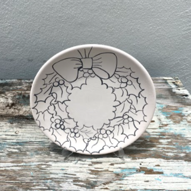 Plate with Wreath 2