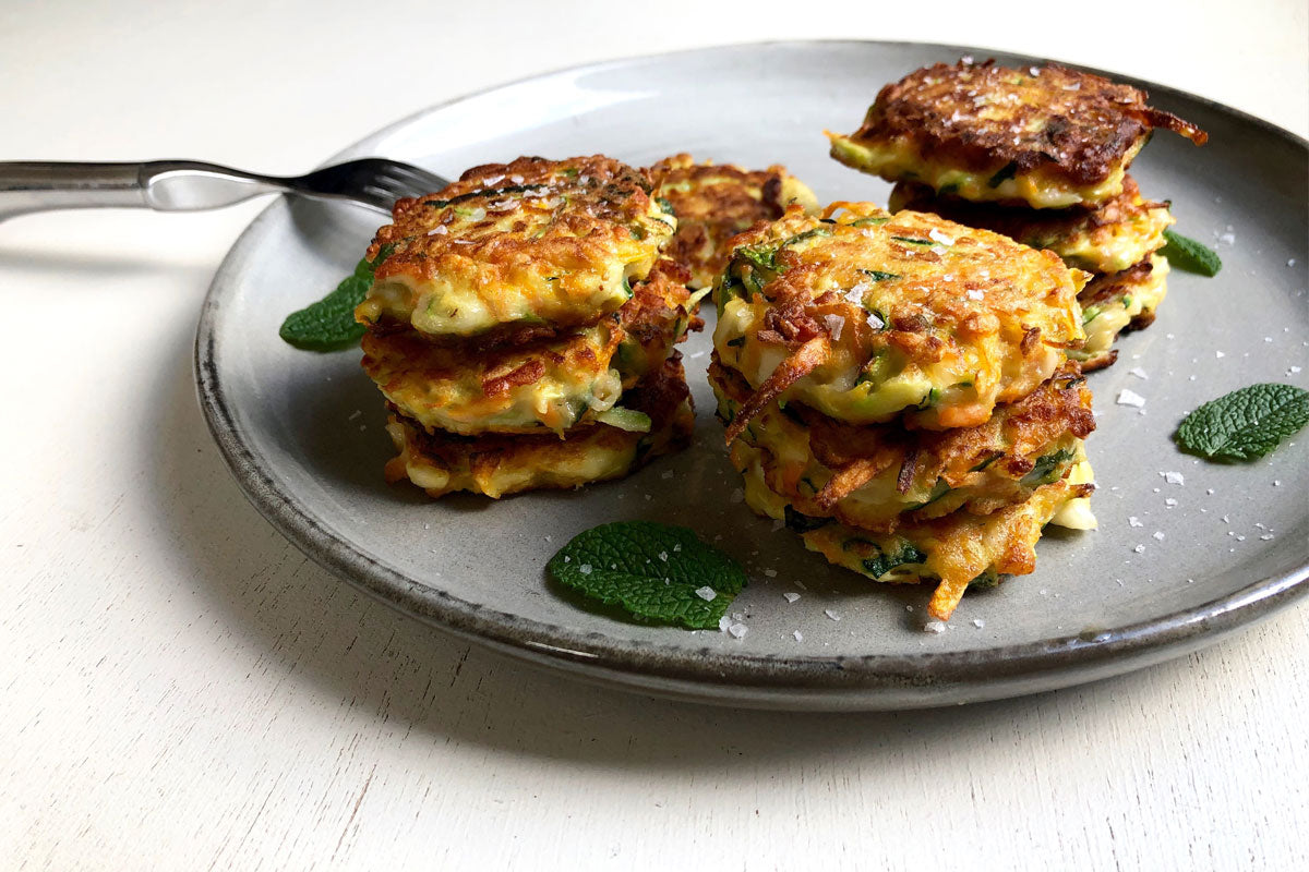 Haloumi and mint fritters