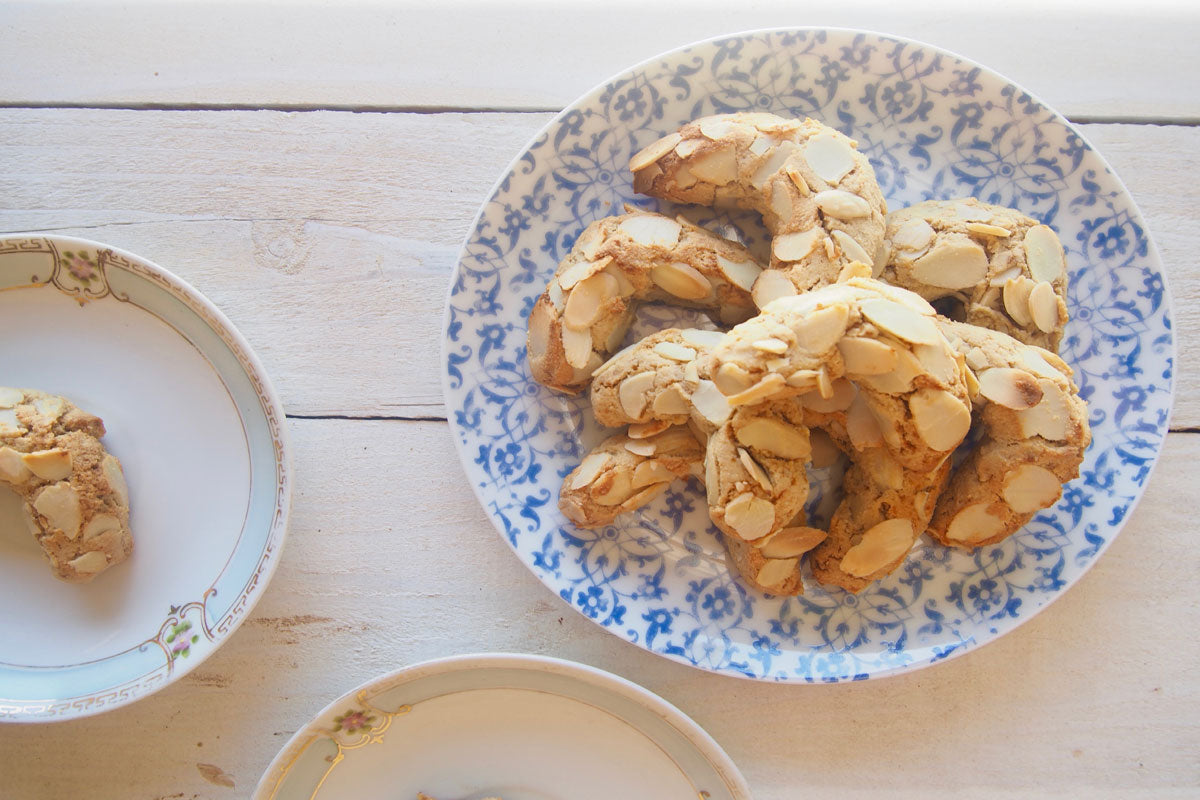 Paleo Greek Almond Biscuits