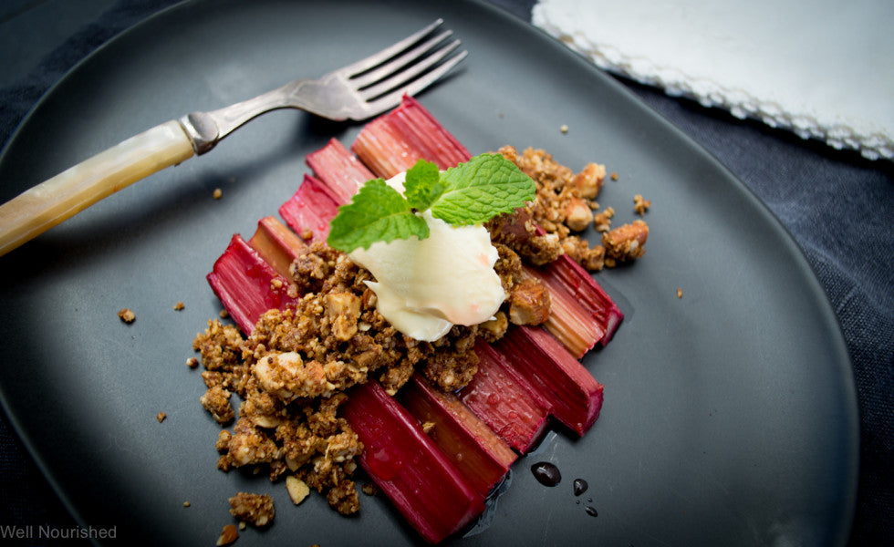 Rhubarb crumble winter desserts