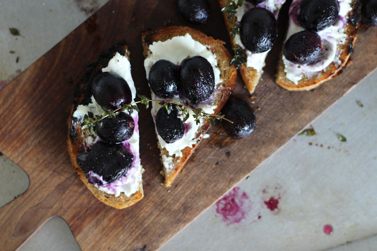 Thyme Roasted Grapes with Goats Cheese