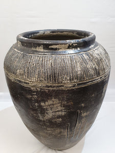 Xtra Large Feature Pot