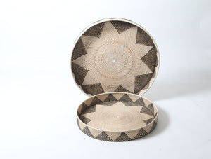 Star Patterned Black and White Round Woven Rattan Tray