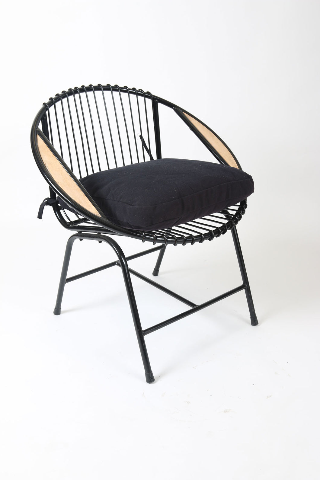 Black Steel Havana Chair with Teak Insert and Soft Cushion
