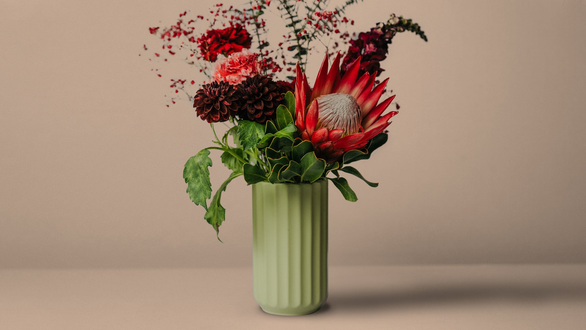FLOX Botanical. Send Flowers in a Box. Flower Delivery Melbourne.