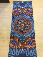 Fashionable Blue Flower Mandala Yoga Mat for Travel and Relaxation