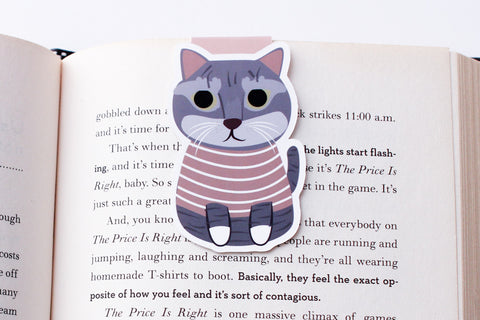Domestic Shorthair Mix Cat with Shirt Magnetic Bookmark (Jumbo)