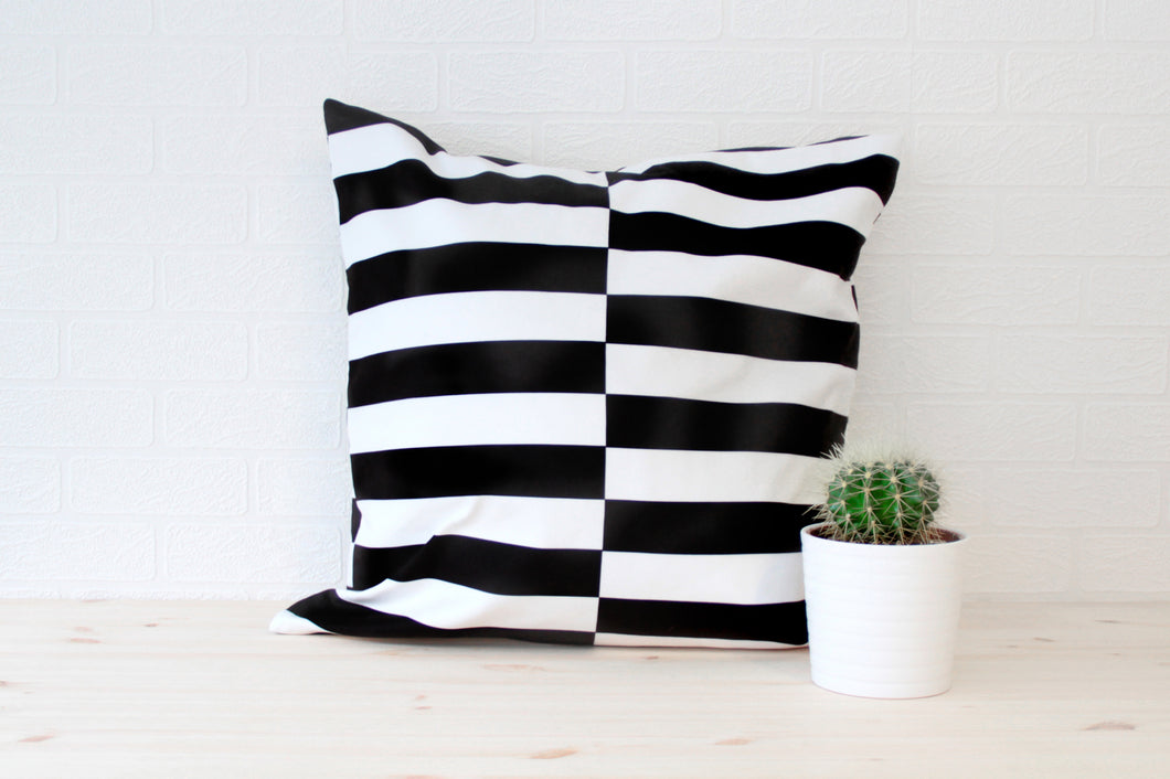 Asymmetric Lines Pillow Case