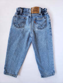 Vintage Levi's Light-Wash Cinched Waist Orange Tab Jeans | 3T