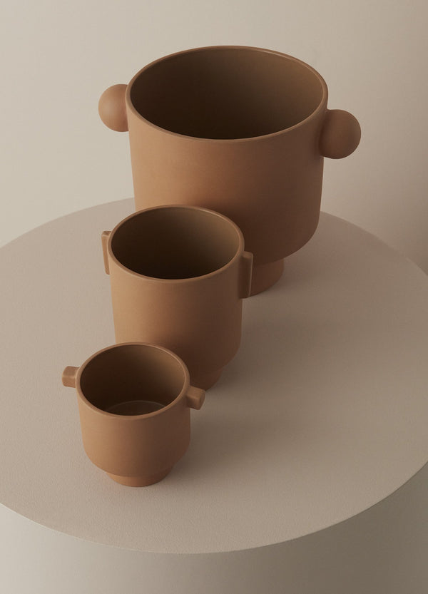 OYOY Living Design - OYOY LIVING Inka Kana Pot - Medium Vase 302 Camel ?id=14069122138192