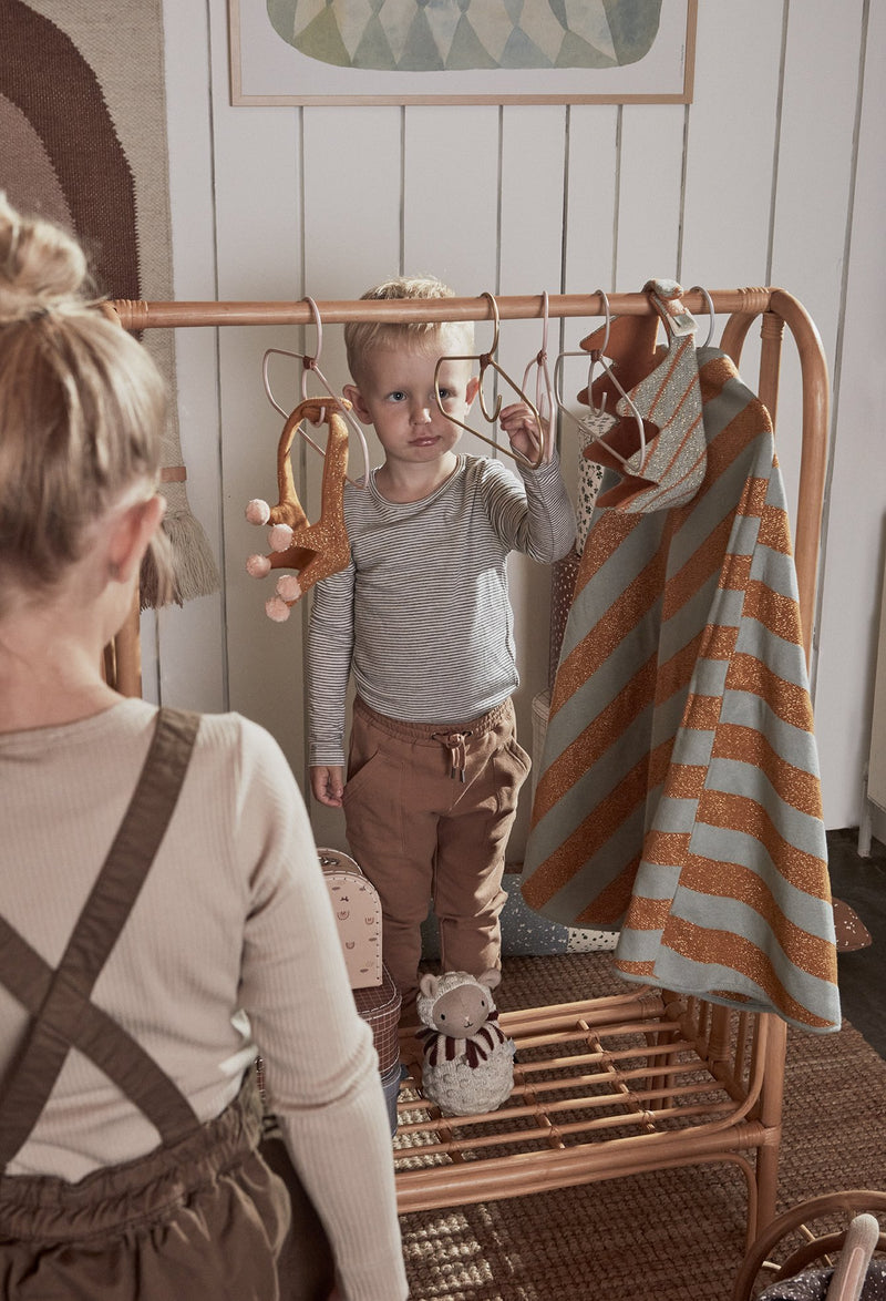 OYOY Living Design - OYOY MINI Hanger for kids - Tiny Fuku - 2 Pcs/Pack Hanger 904 Brass