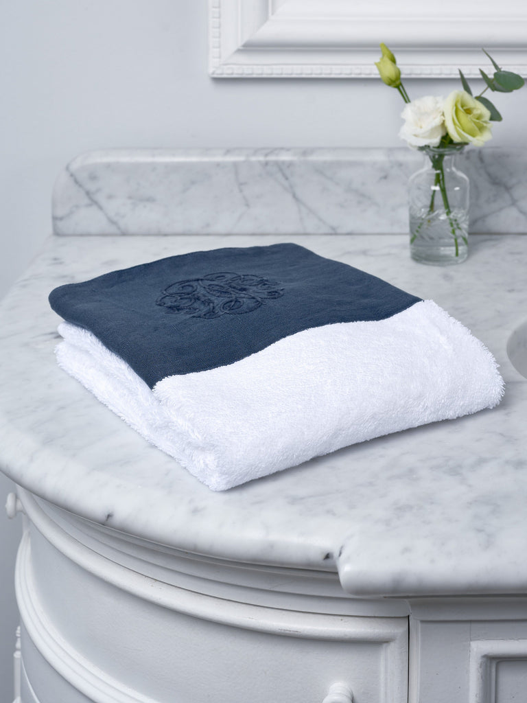 Navy Monogram Border Hand Towel Towels BRISSI