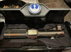 Galaxy's Edge Reforged Skywalker Legacy Lightsaber The Rise of Skywalker