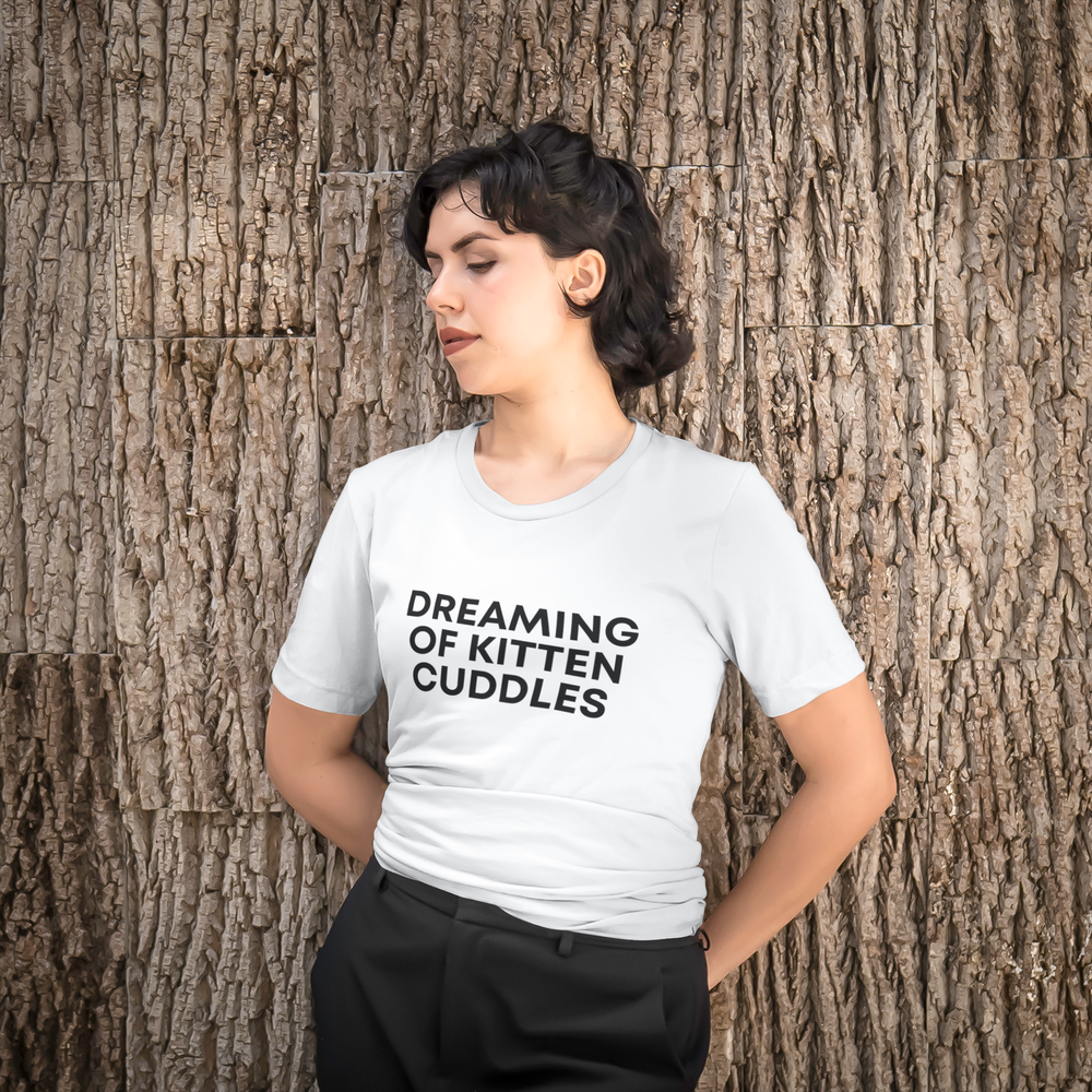 Dreaming of Kitten Cuddles | Tee