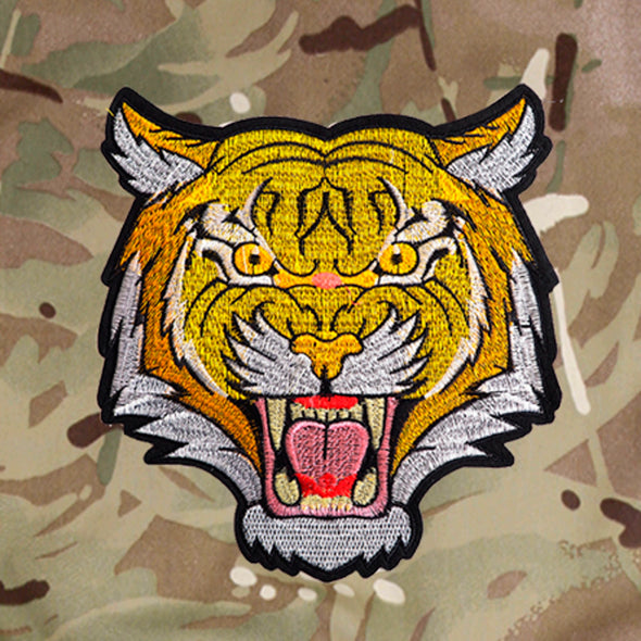 Roaring Tiger on Pale Camo