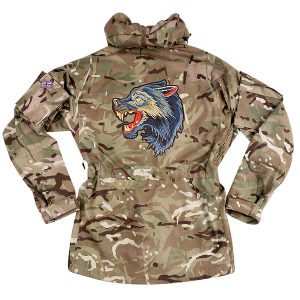 Blue Wolf on Pale Camo